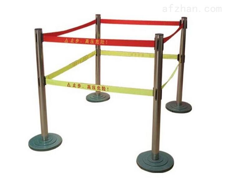 不锈钢伸缩式护栏