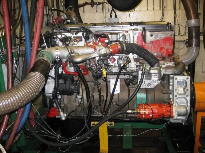 Setra精密压力传感器广泛应用于半导体行业的各个领域。Setra压力传感器遍及半导体工艺的通用气和特气GDS系统,这些气体用于半导体集成电路制造的方方面面。 > 现场过程压力测量 > 吹扫气体传输系统压力测量 > 传送室压力测量和控制 > 洁净室空气控制 > 泄漏检测 > 通风柜控制 > 激光干涉仪 > 太阳能等新能源 非凡的精度和低热效应使得Setra的大气压传感器和数字压力计成为苛刻应用的理想选择。 ?