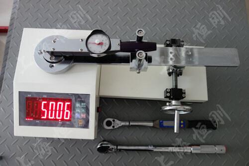 力矩扳手测量仪(测试表盘扭力扳手)图片